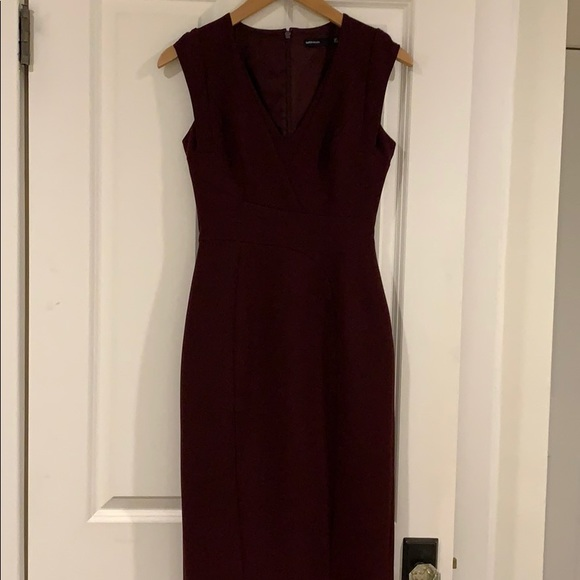 0abffa97598 Karen Millen Dresses | Vneck Pencil Dress Size 4 | Poshmark